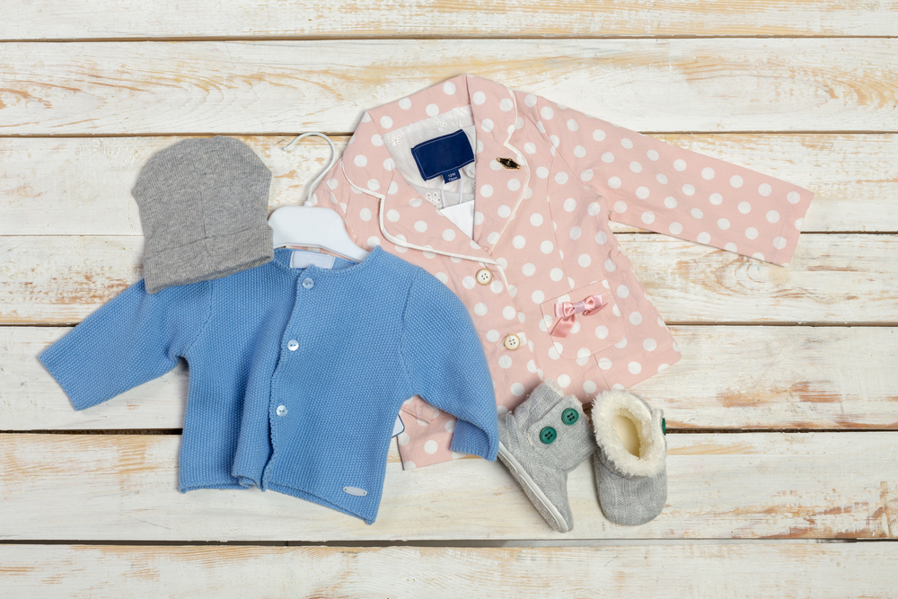 West Coast Kids - Canada's Best Baby Store offers a selection of high-quality baby gear, including the best in nursery & decor, strollers, car seats, feeding, bathing products, baby clothes & more.