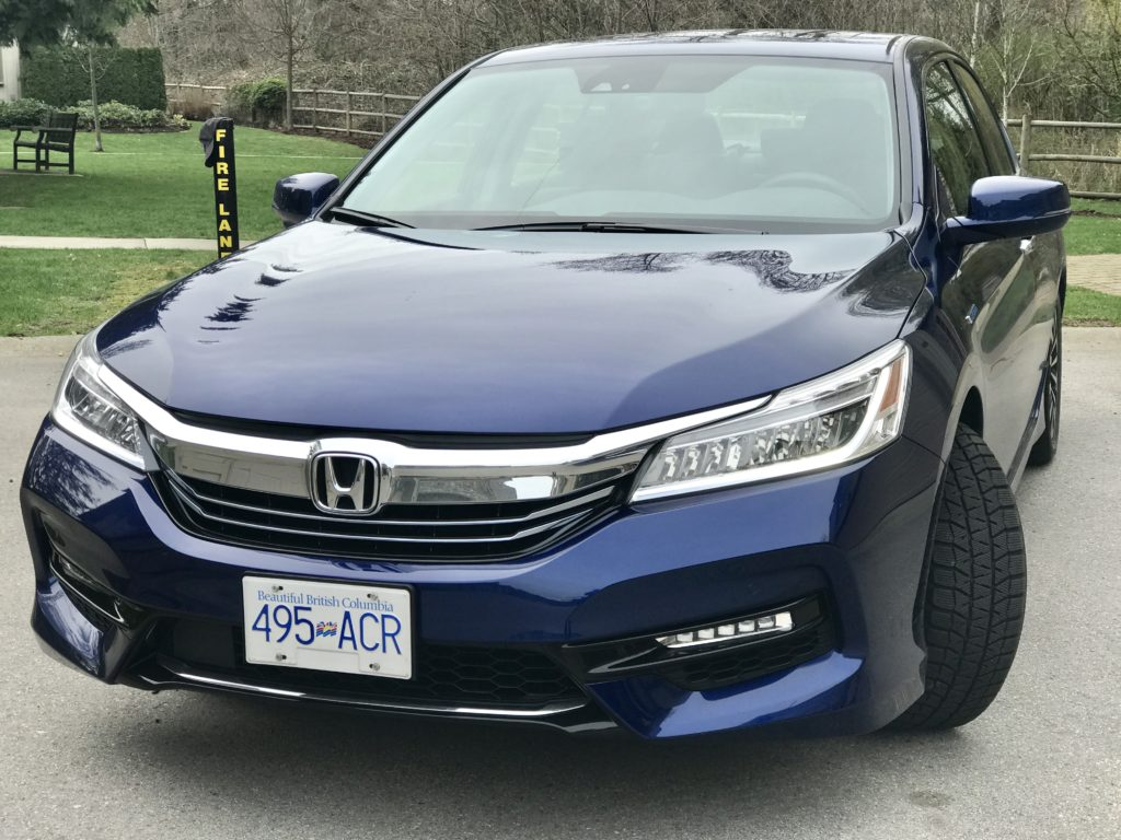 2017 honda accord touring hybrid modern mama. Black Bedroom Furniture Sets. Home Design Ideas