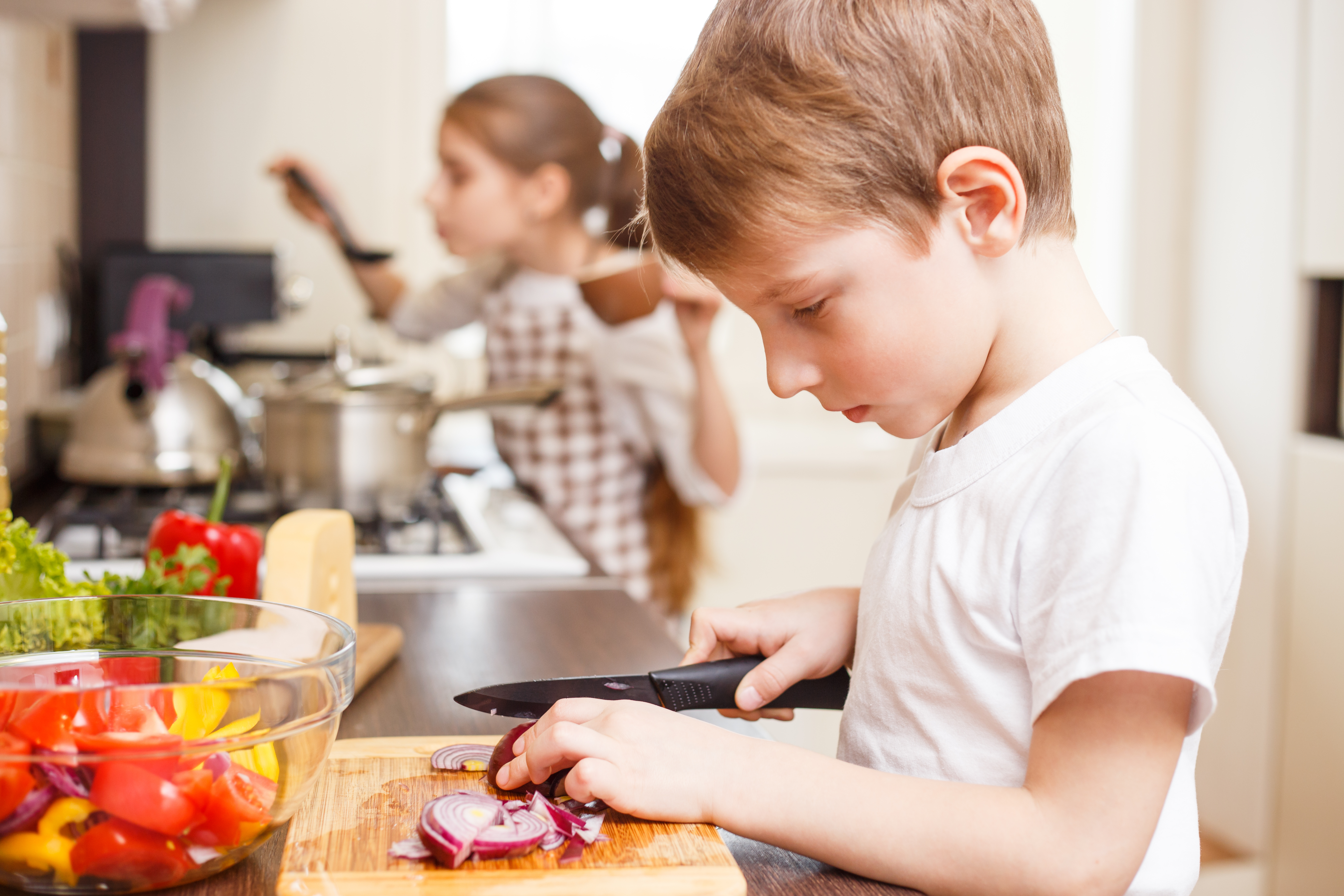Kids Making Their Own Lunches